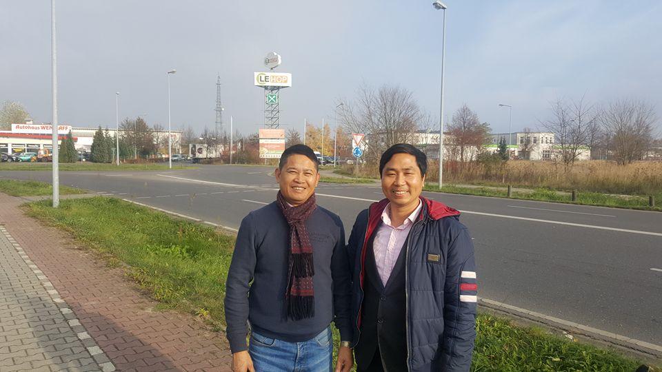 Tham quan tập đoàn Le Hop là tập đoàn về ẩm thực lớn nhất tại Đức của người Việt.