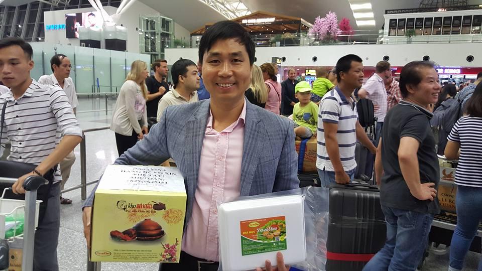 Tiếp tục hành trình mang Đặc sản Việt Nam ra thế giới. Giám đốc Nguyễn Bá Toàn thực hiện chuyến hành trình sang Châu Âu.